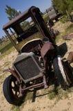 Roestige oude vrachtwagen Royalty-vrije Stock Foto's
