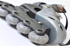 Roestige rollerblade royalty-vrije stock afbeeldingen