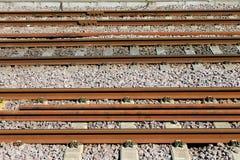 Roestige spoorwegsporen Stock Foto's