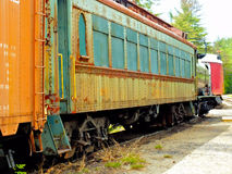 Roestige treinauto Stock Afbeelding