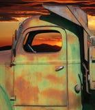 Roestige vrachtwagen Royalty-vrije Stock Afbeeldingen