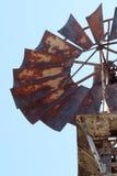 Roestige windmolen Royalty-vrije Stock Fotografie