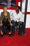 Roger Cross, Cloris Leachman Stockfotos
