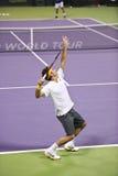 Roger Federer en la acción Imagen de archivo