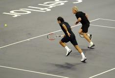 Roger Federer y Bjorn Borg en acciones Imagen de archivo libre de regalías