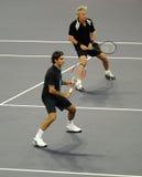 Roger Federerand Bjorn Borg in den Tätigkeiten Lizenzfreies Stockbild