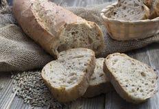 Roggebrood met zaden Stock Foto's