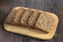Roggebrood met zaden Royalty-vrije Stock Afbeeldingen