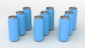 Roh von den blauen Getränkedosen Stockbilder
