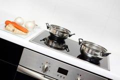 Rohe Nahrung und Kochen Stockfoto