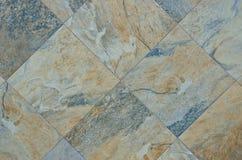 Rohe natürliche Kalkstein-Fliese Lizenzfreies Stockbild