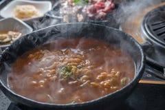 Rohe sortierte Fleischaufsteckspindel koreanischer BBQ-Küche stockfoto