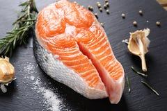 Rohe Steakrotfische lizenzfreies stockfoto