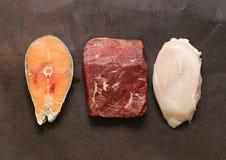 Rohes Fleisch, Fische und Huhn Stockfotografie