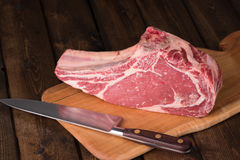 Rohes gealtertes Gras Fed Prime Rib Meat lizenzfreie stockfotografie