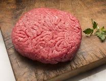 Rohes Hamburger-Fleisch Lizenzfreie Stockfotografie