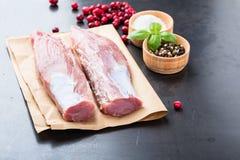Rohes Schweinefleischzartes lendenstück Lizenzfreies Stockbild