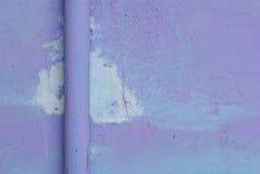 Rohr auf Wand stockbilder