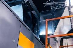 Rohr, Kanalisierung, Belüftung, Klimaanlage, industriell, modern, metallisch lizenzfreie stockbilder