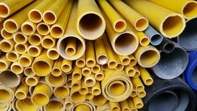 Rohr-PVC-Gelbplastik Stockfoto