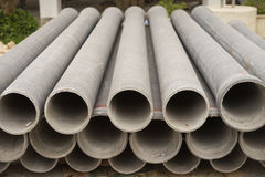 Rohre für Bauarbeiten Stockfotos