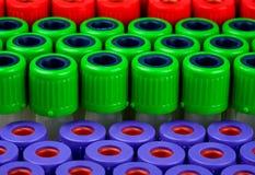 Rohre für rotes grünes Purpur der Blutuntersuchung Stockbilder