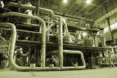Rohre innerhalb der Energieanlage Lizenzfreie Stockfotos