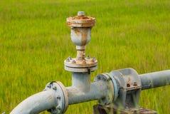 Rohrleitungen und Ventil Waterl Lizenzfreie Stockfotos