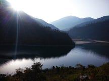 Rohtang przepustki Kullu manali wycieczki wycieczki turysycznej rzeki lodu gór wzgórzy błękitnego światła słonecznego środowiska  Fotografia Royalty Free