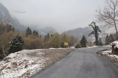ROHTANG VIEW ON OCTOBER ITS THE TIME OF FIRST SNOW FALL. THIS VIEW IS ON ROHTANG PASS ITS THE SEASON OF OCTOBER THE FIRST SNOW FALL OF SEASON royalty free stock photography