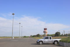ROI和,泰国- NOV01, 2015年:Roi和机场跑道小 库存照片