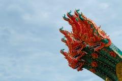 Roi d'isolat de Nagas sur le fond vert, aérolithe de Nagas Photo libre de droits