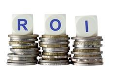 ROI - retur på investering Arkivbilder