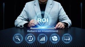 ROI Return en concepto de la tecnología del negocio de Internet del éxito del beneficio de las finanzas de la inversión imagenes de archivo