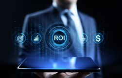 ROI Return op concept van de investerings het financiële groei met grafiek, grafiek en pictogrammen stock afbeelding