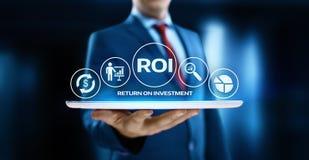 ROI Return sul concetto di tecnologia di affari di Internet di successo di profitto di finanza di investimento fotografia stock libera da diritti