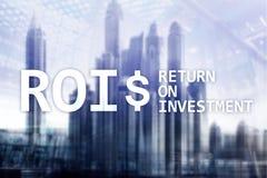 ROI - Terugkeer op investering, Financiële markt en voorraad handelconcept royalty-vrije stock fotografie