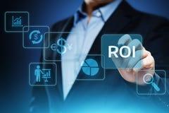 ROI wskaźnika rentowności finanse zysku sukcesu technologii Internetowy Biznesowy pojęcie obrazy royalty free
