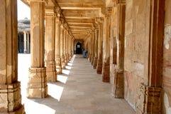 roja της Ινδίας τόξων του Ahmedabad sarkhej Στοκ Φωτογραφίες