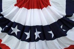 Rojo, blanco y azul de la bandera patriótica Foto de archivo