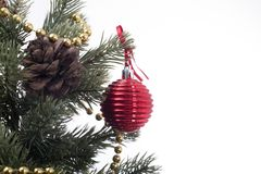 Rojo de la bola de la esfera de la decoración de la Navidad Fotografía de archivo