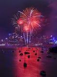 Rojo 2014 de Wavert Vert de los fuegos artificiales de Sy Foto de archivo
