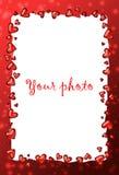 Rojo del capítulo con el corazón, marco de la tarjeta del día de San Valentín Fotos de archivo libres de regalías