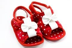 Rojo del zapato de bebé Imagen de archivo