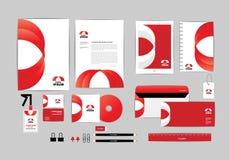 Rojo y blanco con la plantilla de la identidad corporativa del triángulo para su negocio C Imagenes de archivo