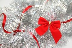 Rojo y plata. Fondo de la Navidad Imagen de archivo