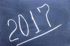 Rok liczba 2017 pisać na blackboard Zdjęcie Stock