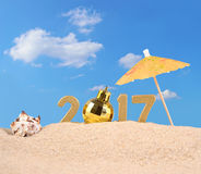 2017 rok złote postacie z seashell Fotografia Royalty Free