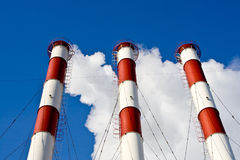 Rokende fabriekspijpen Royalty-vrije Stock Fotografie