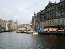 Rokinkanaal in Amsterdam, Holland, Nederland stock foto's